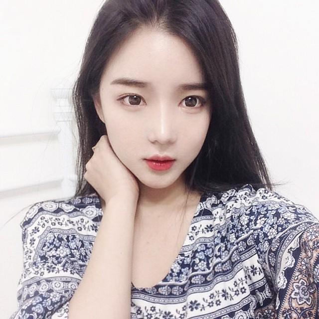 ユン・アラ